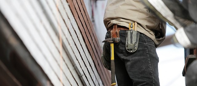 worker with tool belt